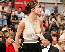 Sophie Marceau nipple out