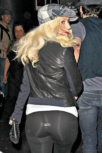 Christina Aguilera waves jeans ass