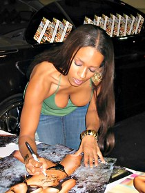 Young down blouse of Melyssa Ford