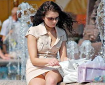 Spy upskirt of cute brunette