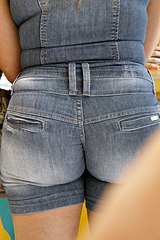 0151-very-tight-shorts-on-big-butt